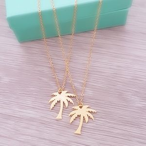 Jewelry - Palm Tree Necklace